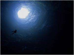 A mitad del descenso del Sótano de las Golondrinas - 3Summits